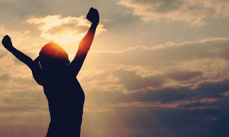 การตั้งเป้าหมายเพื่อให้ชีวิตประสบความสำเร็จ